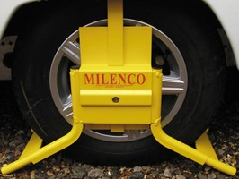 Milenco Caravan Wheel Clamp C13