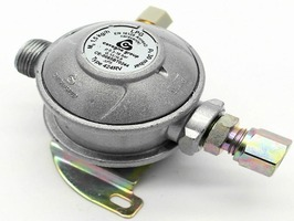 Caravan Bulkhead Gas Regulator 8mm 30mbar