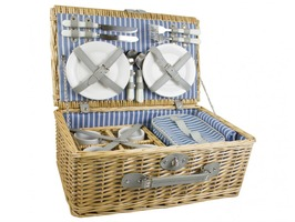 Yellowstone 4 Person Luxury Wicker Picnic Basket