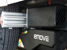E-move EM305 Twin Axle Fully Automatic Caravan Mover